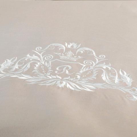Постельное белье однотонный сатин с вышивкой Турецкий Вензель R