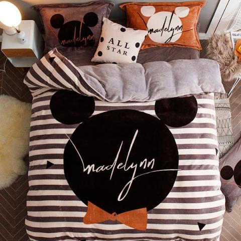 Постельное белье Mickey Mouse