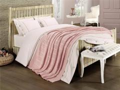 Постельное белье First choice De Luxe + вязаный плед Nirvana STyle Pudra, Двуспальный Евро